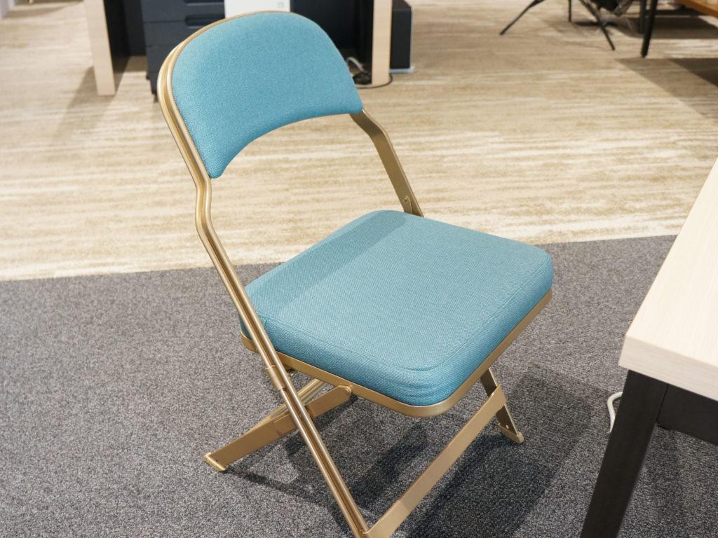 座り心地重視の椅子
